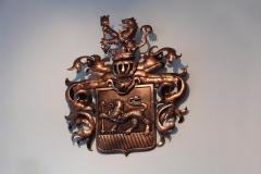 Familienwappen aus Metall - kupfer antik